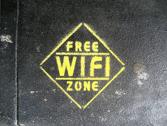 5 ways to attract booth traffic FreeWiFi Zone