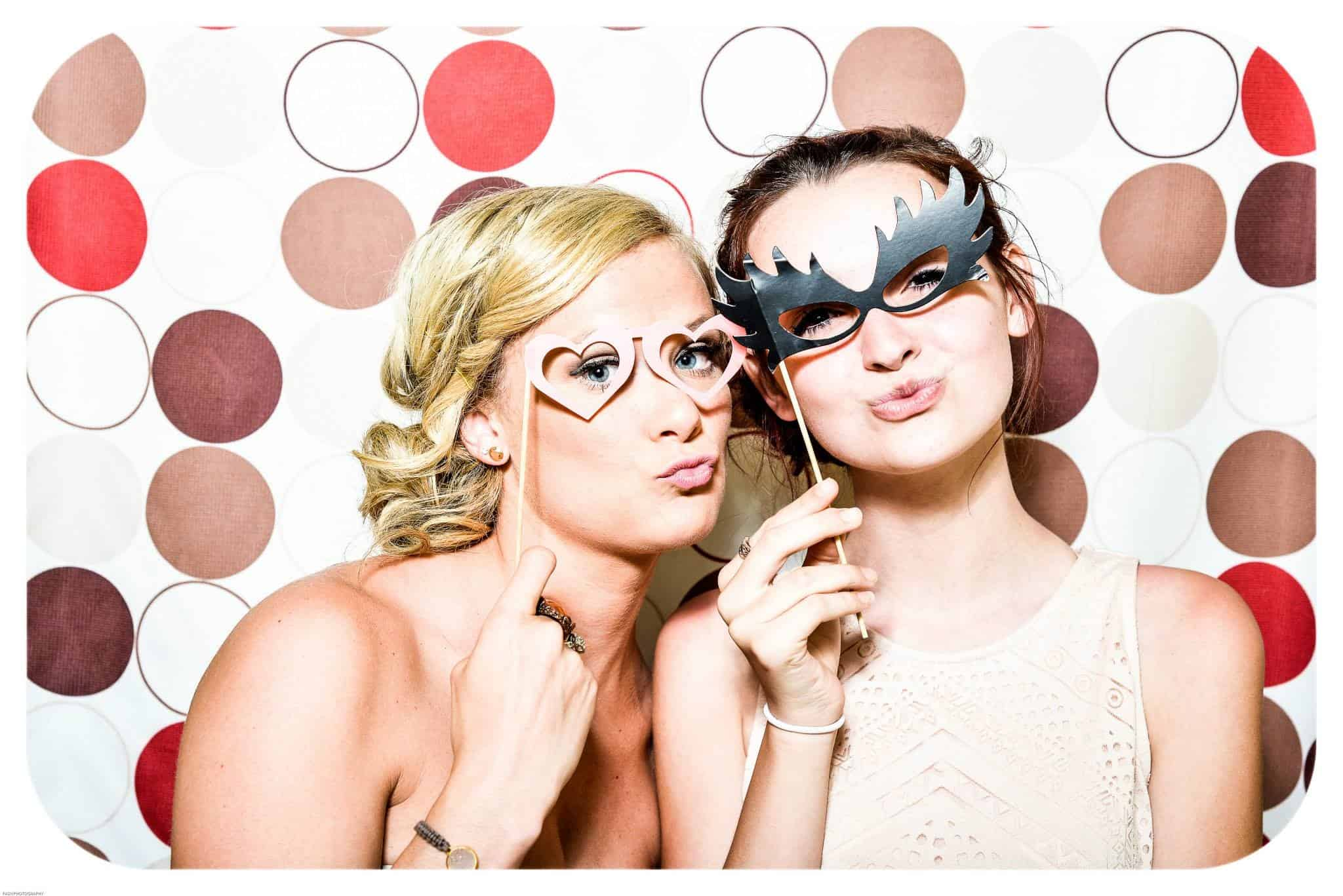 5 ways to improve booth traffic - photobooth